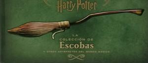 HARRY POTTER: LA COLECCION DE ESCOBAS Y OTROS ARTEFACTOS DEL MUNDO MAGICO