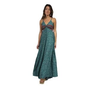 Vestido de tirantes ajustables en material fresco y fluido. LÍNEA BOHO SOUL. RO405A